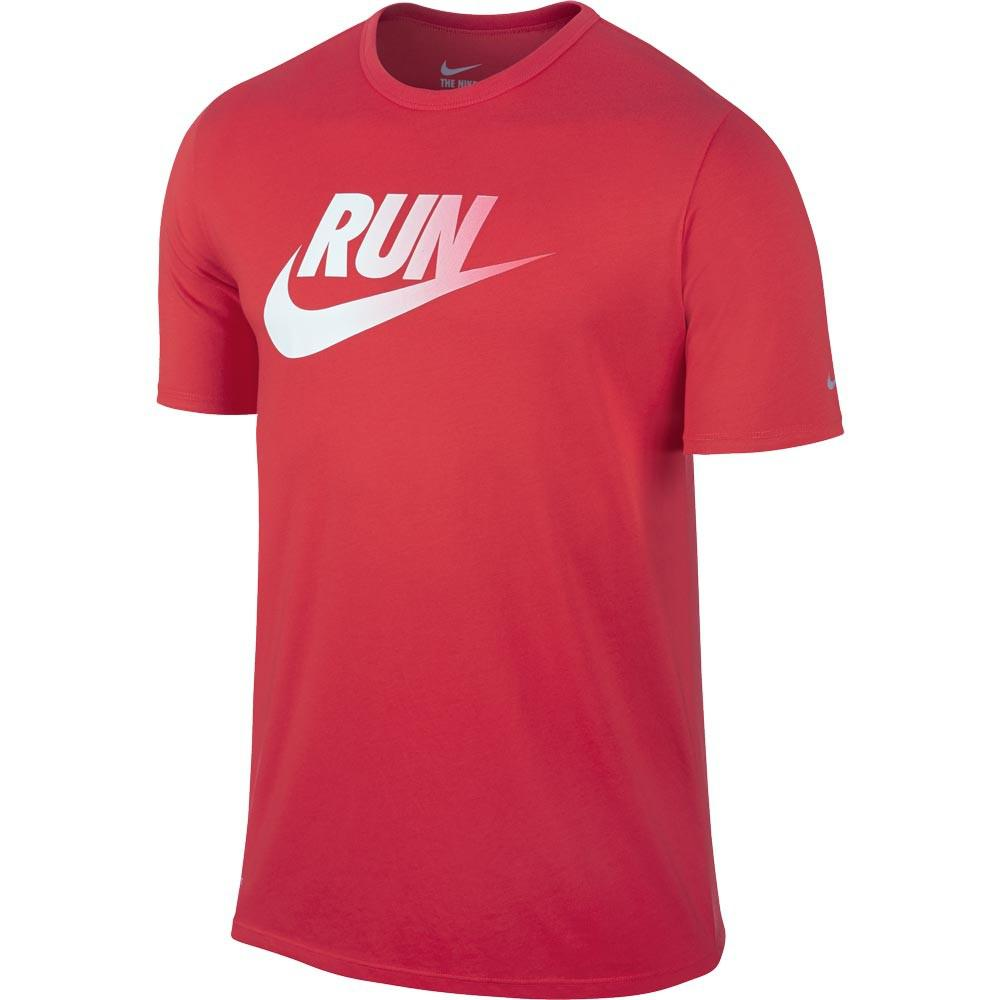 nike mens run dri blend swoosh running t shirt daring red white. Black Bedroom Furniture Sets. Home Design Ideas