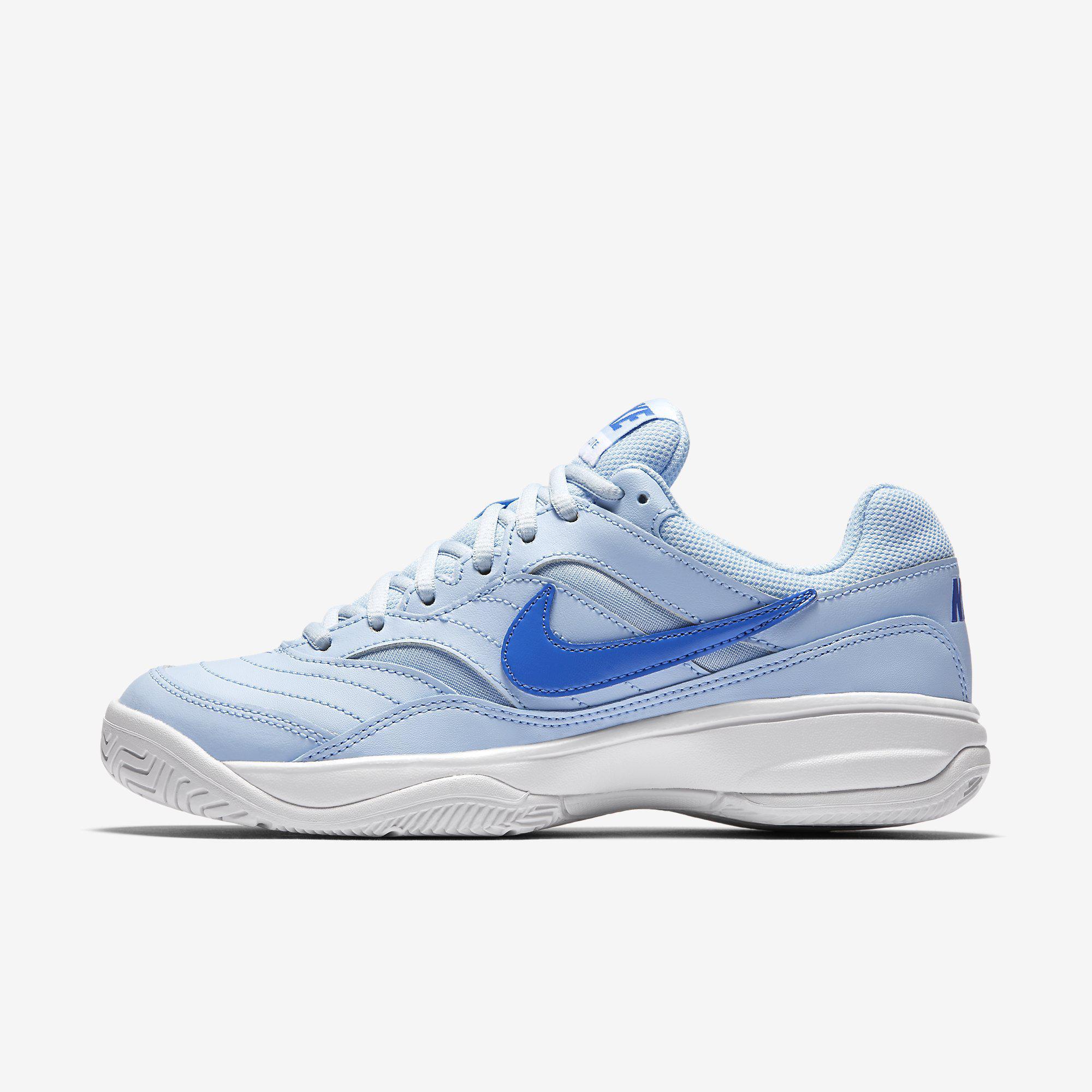 Nike tennis shoes women white