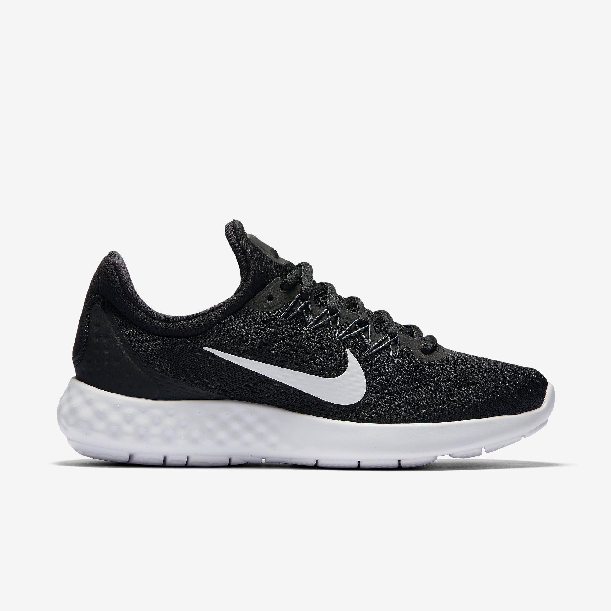 Nike Womens Lunar Skyelux Running Shoes