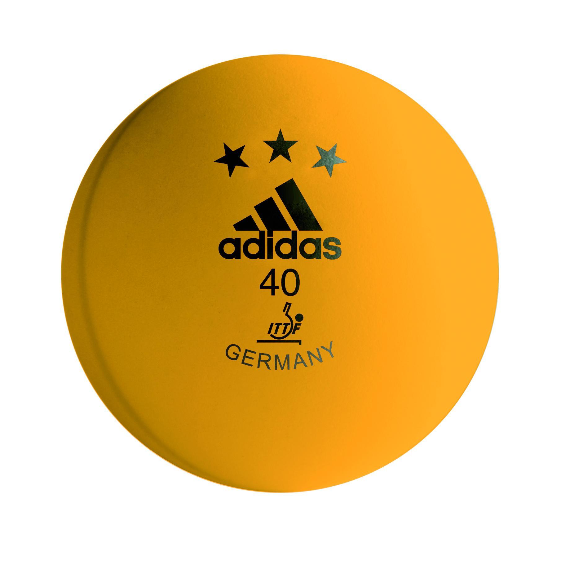 Table tennis balls