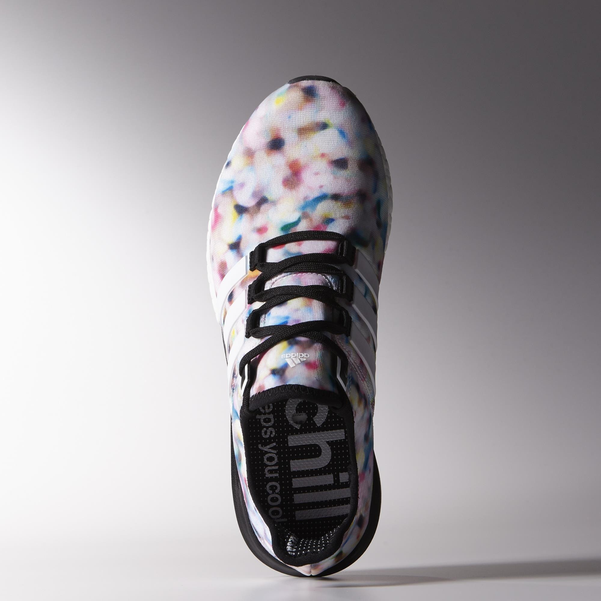brand new c8bf0 dadb0 Adidas Womens Climachill Gazelle Boost Running Shoes - White Black