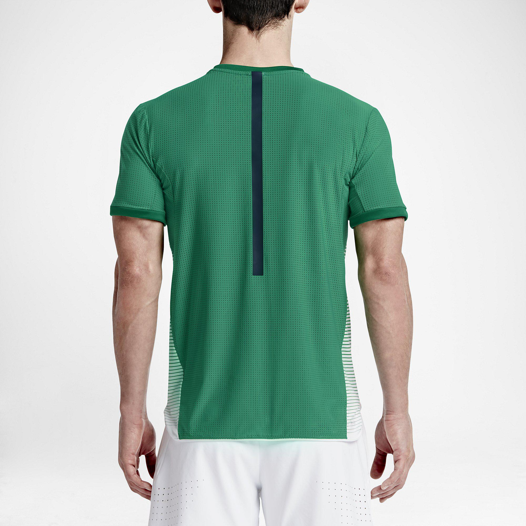 Out Of Stock. Nike Mens Challenger Premier Crew - Lucid Green/White ...