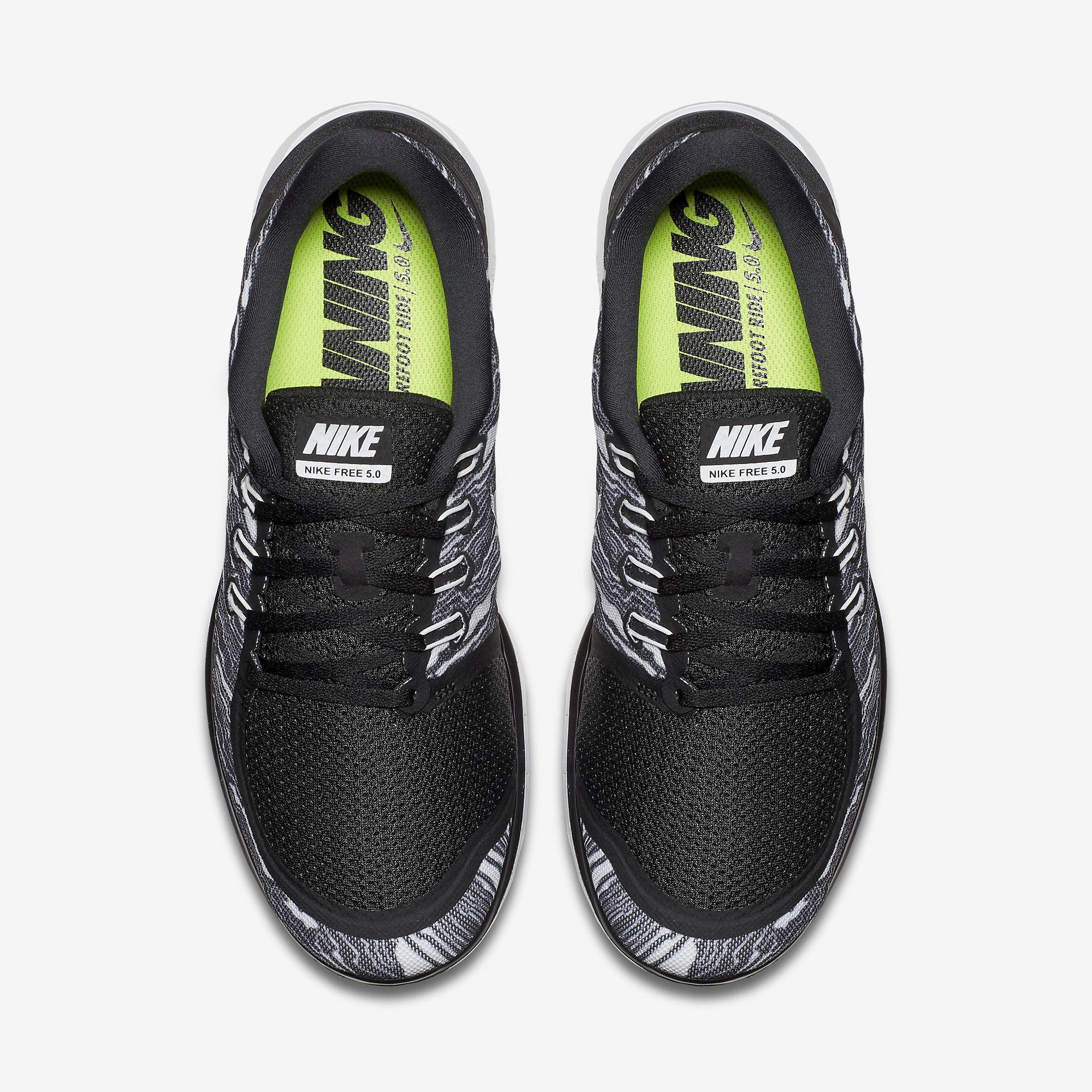 huge discount 57a7d 3e8c6 Nike Mens Free 5.0 Print Running Shoes - Black White