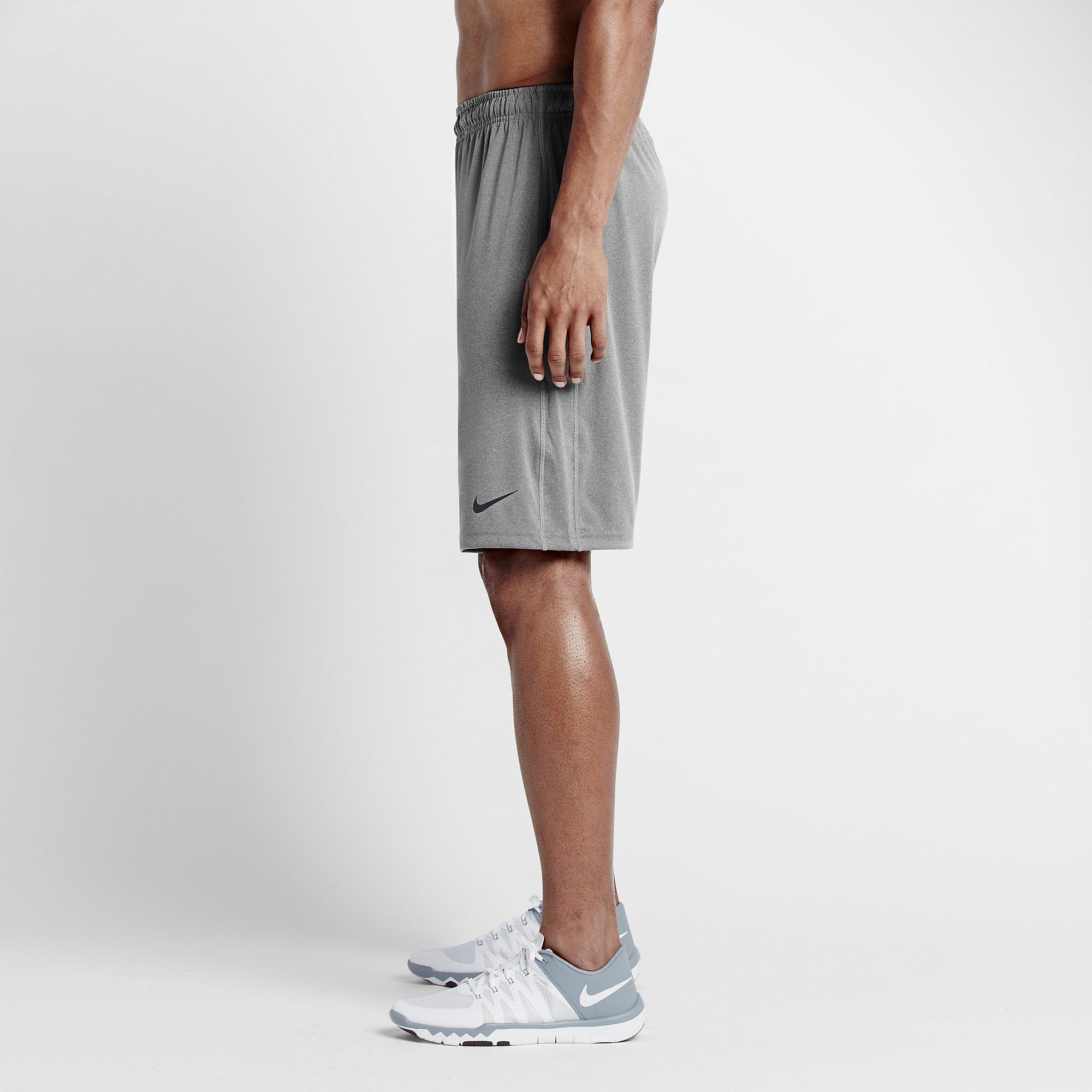 b2d9ad52f2438 Nike Mens 10