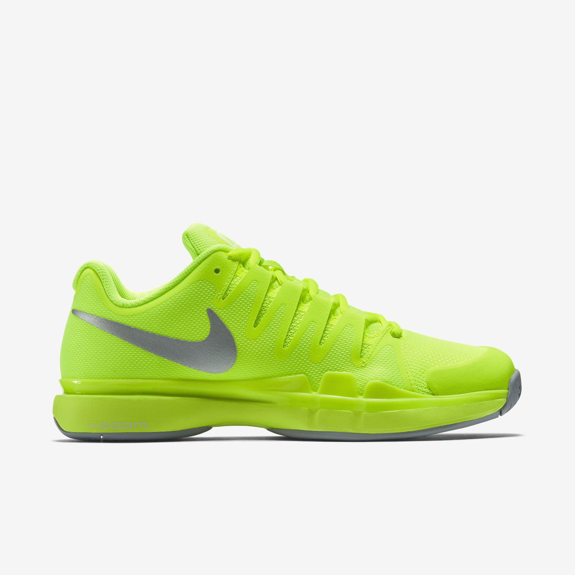 nike tennis shoes volt