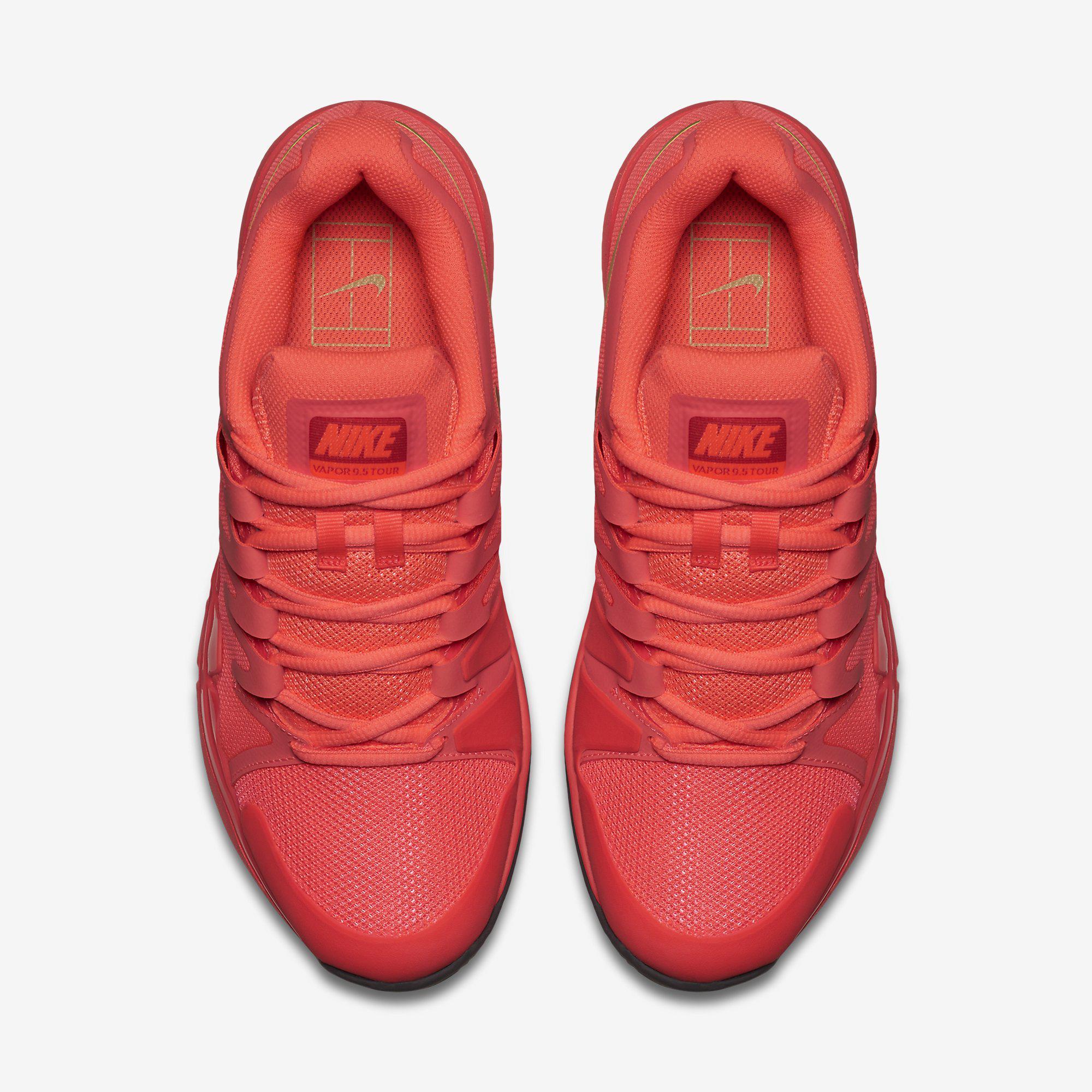 4e06636446dc1 Nike Womens Zoom Vapor 9.5 Tennis Shoes - Hot Lava Metallic Gold Star