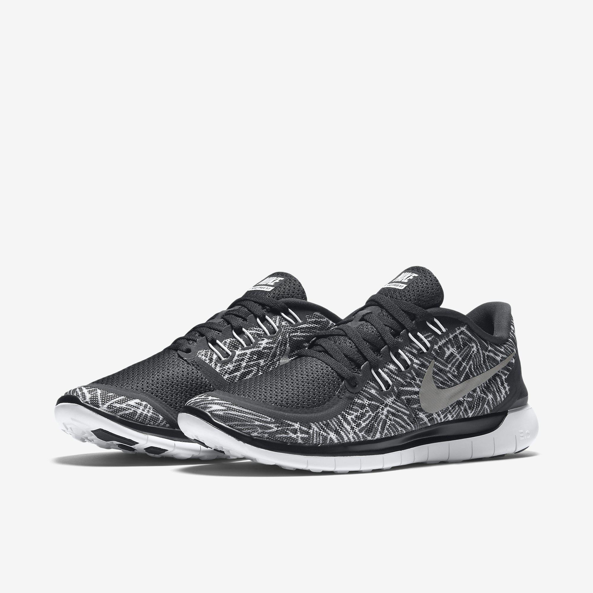 d05494556143 Nike Womens Free 5.0 Print Running Shoes - Black White - Tennisnuts.com