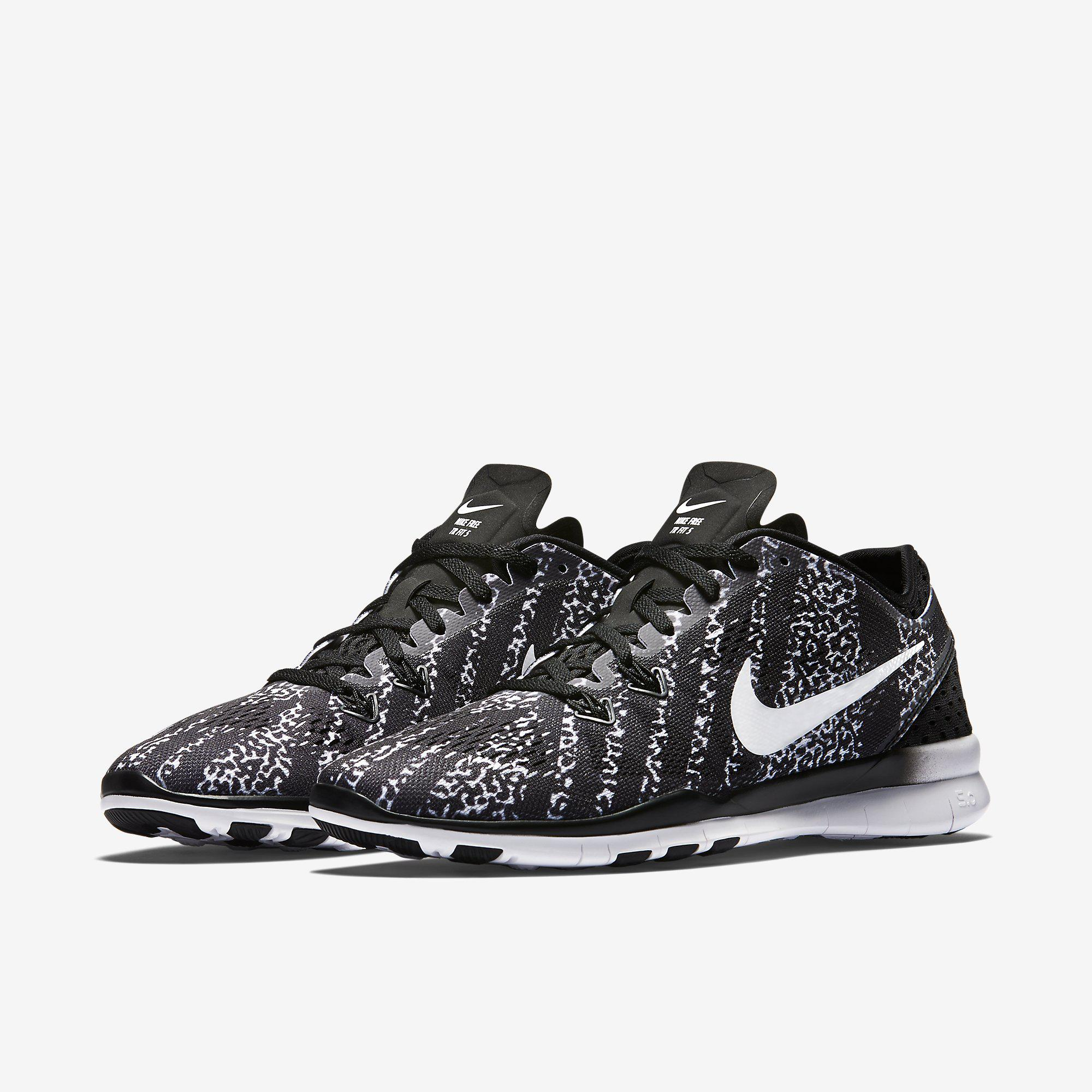Nike Womens Free  Tr Fit  Printed Training Shoes  Blackwhite