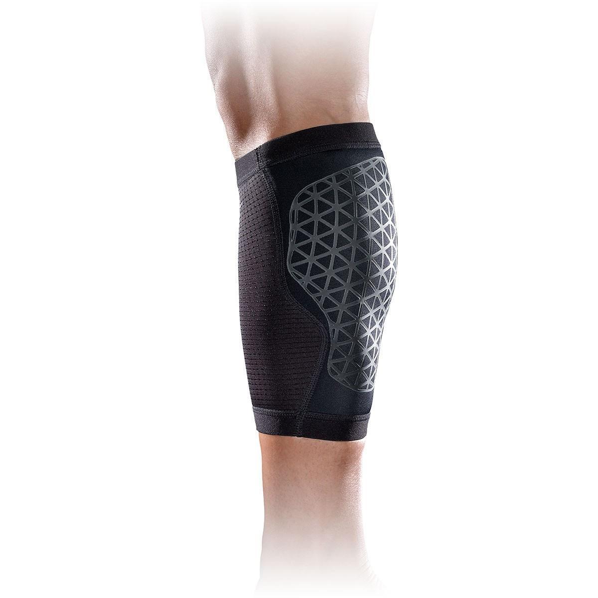 quality design 81f39 368f6 Nike Pro Combat Hyperstrong Calf Sleeve - Black - Tennisnuts