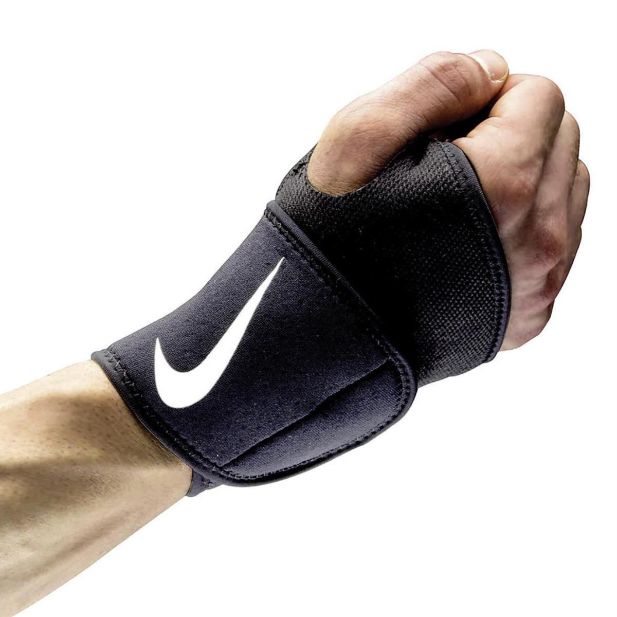 Nike Pro Combat Wrist And Thumb Wrap 2 0 Tennisnuts Com